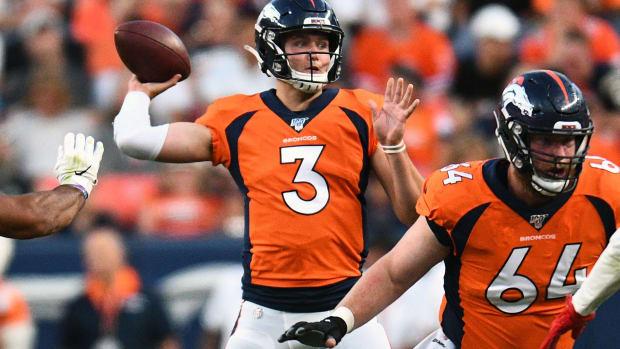 Denver Broncos quarterback Drew Lock (3) passes the ball in the second quarter against the San Francisco 49ers at Broncos Stadium at Mile High.