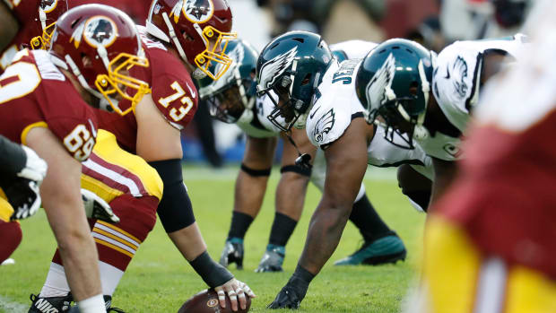 Redskins Offensive Line - Eagles Defensive Line : Geoff Burke-USA TODAY Sports
