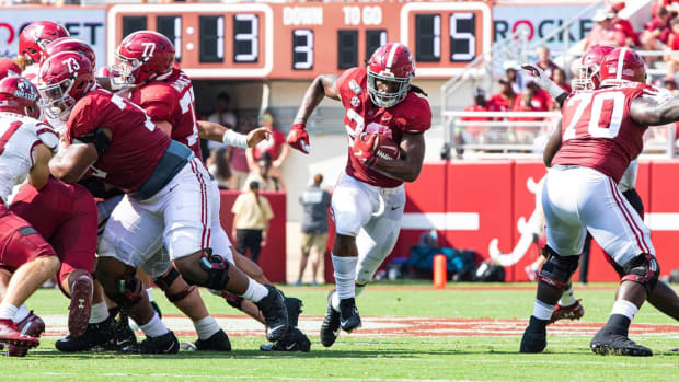 Najee Harris against New Mexico State