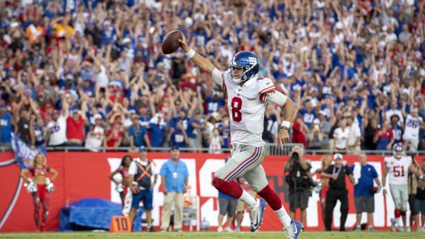 Sep 22, 2019; Tampa, FL, USA; New York Giants quarterback Daniel Jones (8) runs the ball in for a touchdown against the Tampa Bay Buccaneers during the fourth quarter at Raymond James Stadium. Mandatory Credit: Douglas DeFelice-USA TODAY Sports