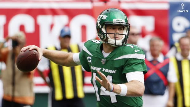 Sam Darnold Forecasts a 'little Run' Ahead for Struggling Jets
