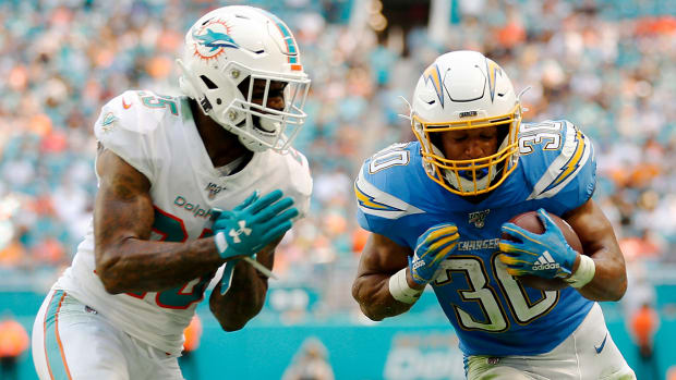Chargers-Dolphins-Week-4-UniWatch-Lead