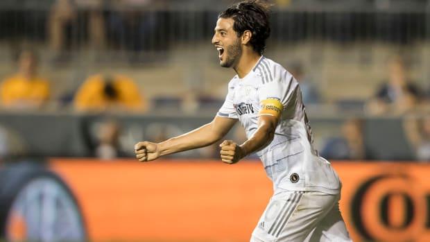Vela ties Josefs MLS goalscoring record