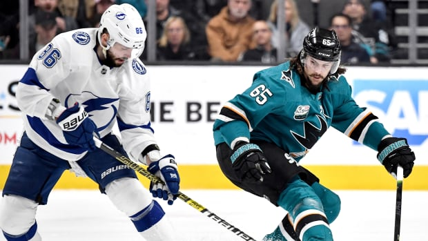 nikita kucherov lightning erik karlsson sharks
