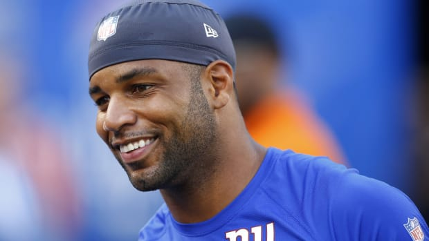 Aug 16, 2019; East Rutherford, NJ, USA; New York Giants wide receiver Golden Tate (15) during warm up before NFL game against the Chicago Bears at MetLife Stadium.