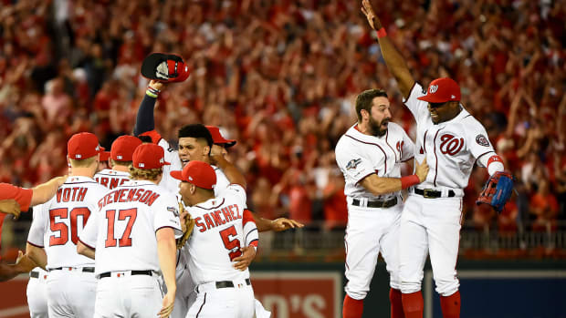 Nationals stun Brewers with late rally, advance to NLDS