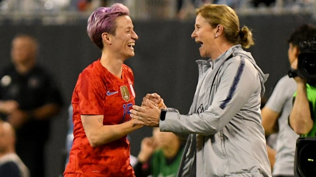 Rapinoe-Ellis-USWNT-South-Korea