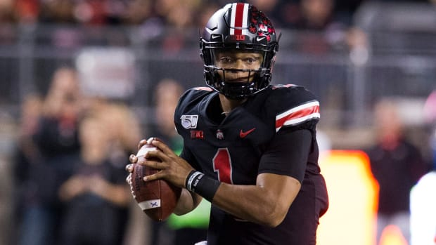Ohio State ties Georgia at No. 3 in AP Top 25 poll
