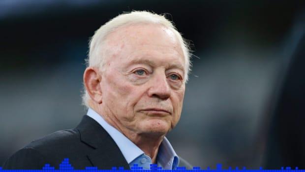 Jerry Jones Packers Postgame