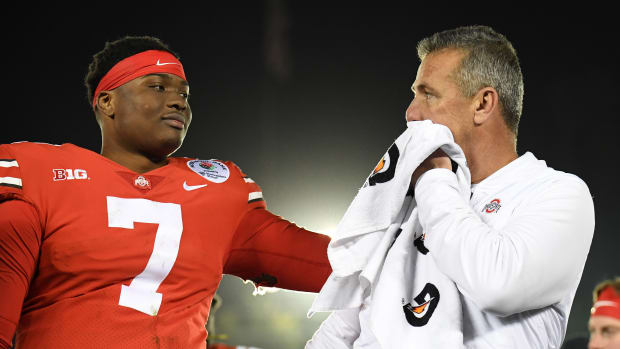 Urban Meyer | Dwayne Haskins | Gary A. Vasquez-USA TODAY Sports