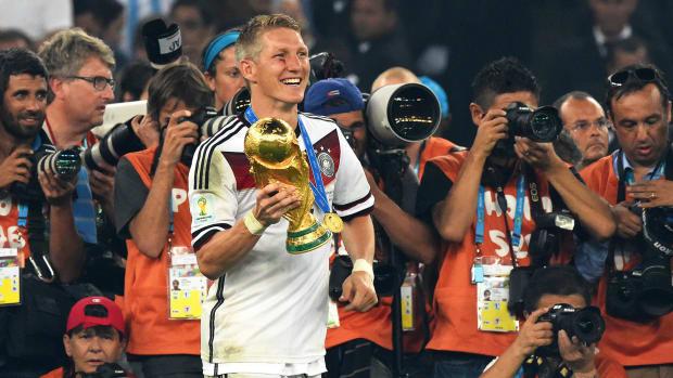 Bastian Schweinsteiger retires