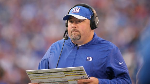 Sep 30, 2018; East Rutherford, NJ, USA; New York Giants defensive coordinator James Bettcher coaches against the New Orleans Saints during the third quarter at MetLife Stadium.
