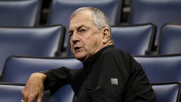 jim-calhoun-sex-discrimination-lawsuit