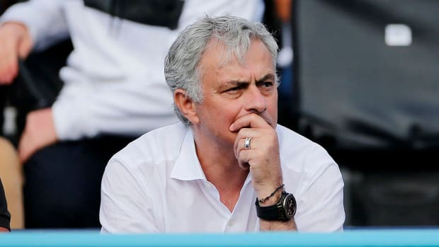 Jose Mourinho turns down Lyon