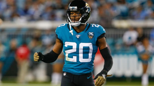 Jalen Ramsey traded to Rams