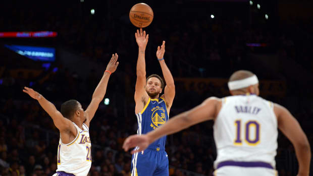 stephen-curry-warriors-three-point