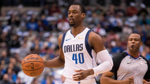 Harrison Barnes offers to pay for Atatiana Jefferson's funeral