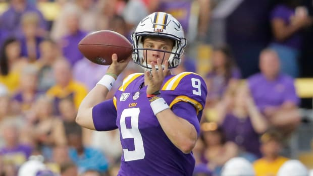 Joe Burrow LSU Heisman trophy 2019