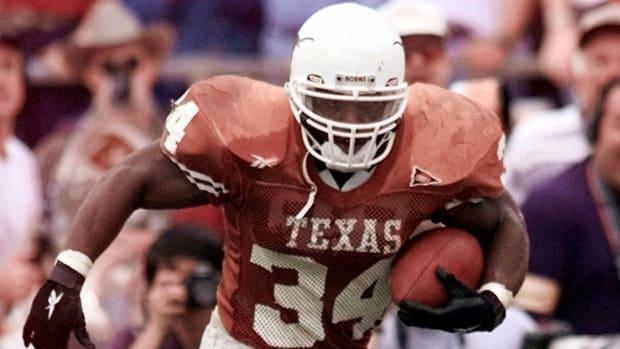 Ricky-Williams-Runs-Texas
