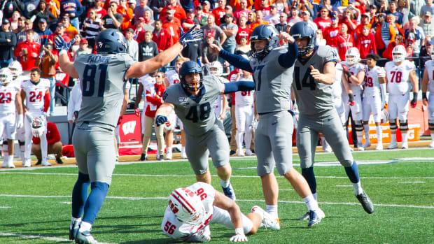 Illinois Wisconsin upset Vegas Week 8