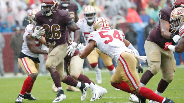 Adrian Peterson rushes vs 49ers