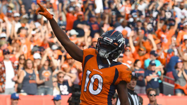 Broncos wide receiver Emmanuel Sanders celebrates a touchdown against the Chicago Bears.