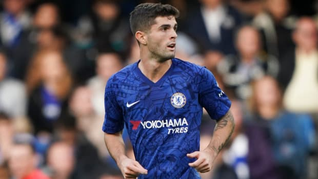 Christian Pulisic scores for Chelsea