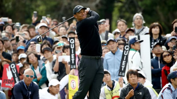 tiger-woods-round-1-japan