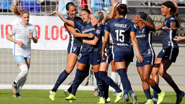 Debinha-NC-Courage-NWSL-Title