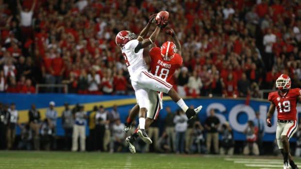 Alabama receiver Amari Cooper with a big catch against Georgia in the SEC Championship Game