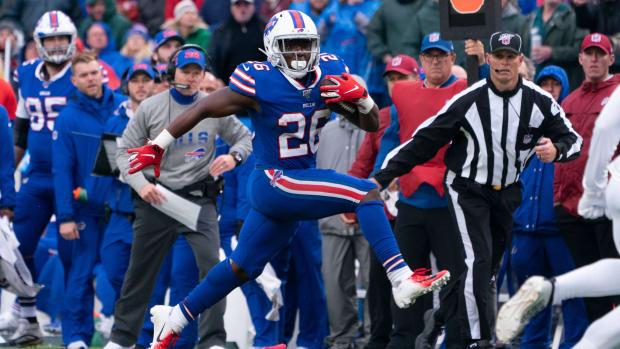 devin-singletary-bills-eagles