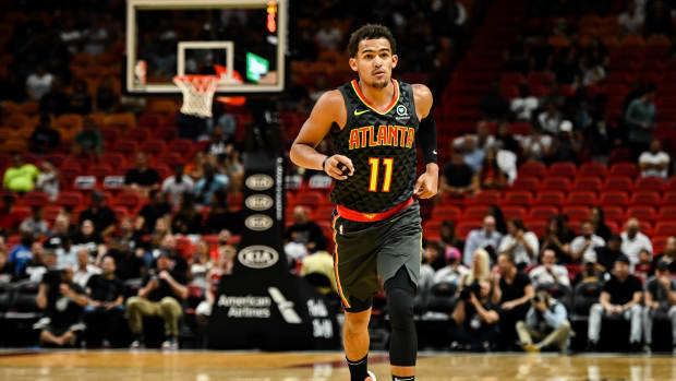 trae-young-hawks