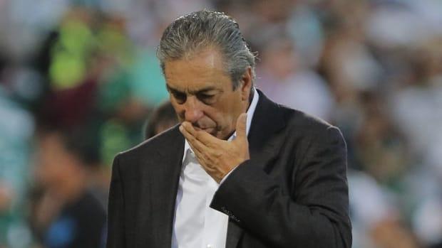 santos-laguna-v-chivas-torneo-apertura-2019-liga-mx-5d8d9e4705fa80e984000003.jpg