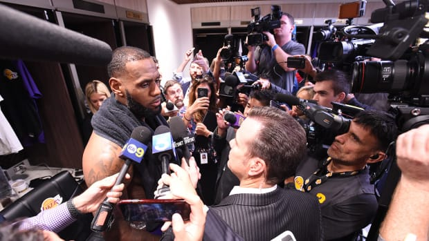 lebron_has_even_more_cameras_in_his_face.jpg