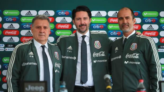 mexico-national-team-unveils-new-coach-gerardo-martino-5c345dd79429353148000003.jpg