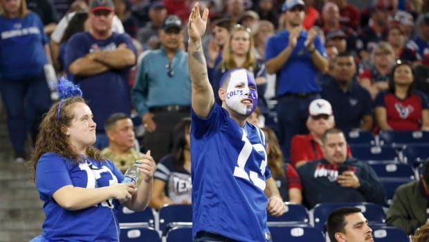 Cowboys, Colts, Eagles and Chargers Survive Wild Card Weekend--IMAGE