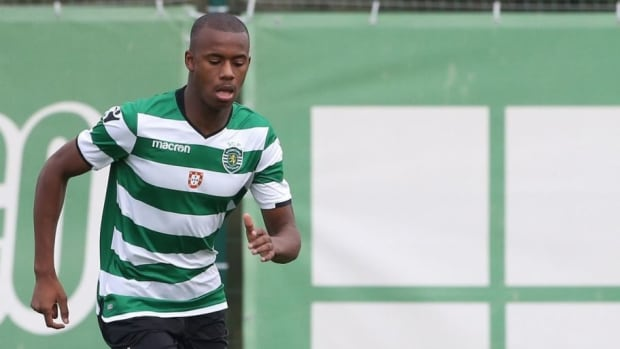 sporting-cp-v-olympiakos-piraeus-uefa-youth-league-5c531fcce6a8181fd7000001.jpg