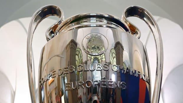 fbl-eur-c1-trophy-feature-5d382f1c2c3b6790b1000022.jpg