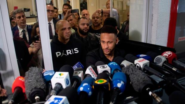 neymar-accuser-testifies.jpg