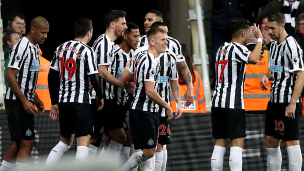 newcastle-united-v-burnley-fc-premier-league-5c75bab266eb37e7e1000001.jpg