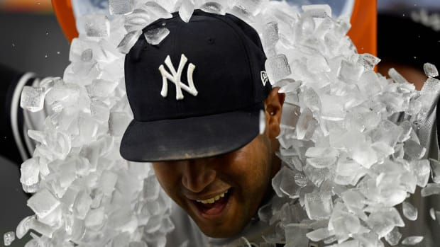 yankees-ice-celebration.jpg