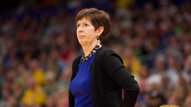 muffet-mcgraw-notre-dame-womens-equality.jpg