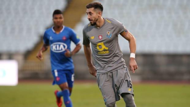 belenenses-sad-v-fc-porto-portuguese-league-cup-5c37a5cedc76b1faae000016.jpg