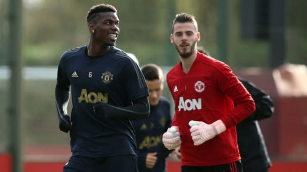 manchester-united-training-and-press-conference-5ca9b4734c28d4b42f000001.jpg