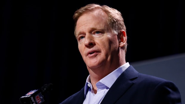 roger-goodell-speaking.jpg