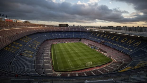fc-barcelona-v-olympique-lyonnais-uefa-champions-league-round-of-16-second-leg-5c94bd0375570f3edc00001b.jpg