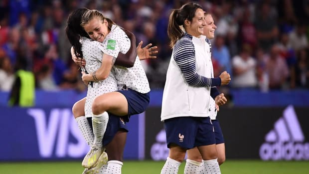 Why France Poses Legit Threat to USWNT in Quaterfinal Battle