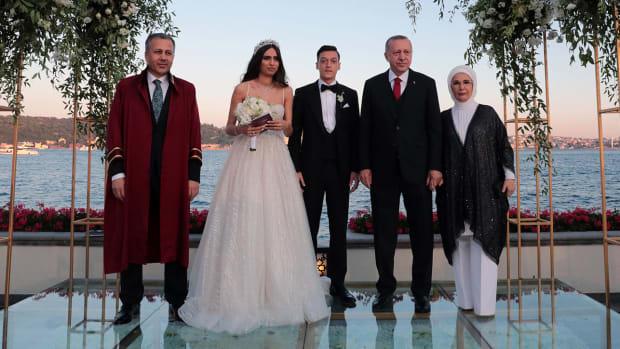 erdogan-turkey-president-ozil-wedding.jpg