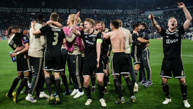 ajax-celebrate-champions-league.jpg