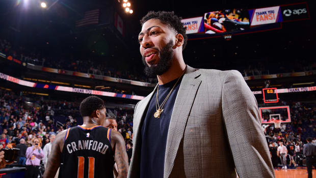 anthony-davis-pelicans-front-office.jpg